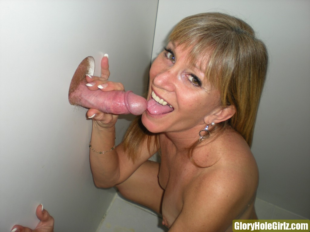 mature wife dawn gets pussy and ass banged in the gloryhole