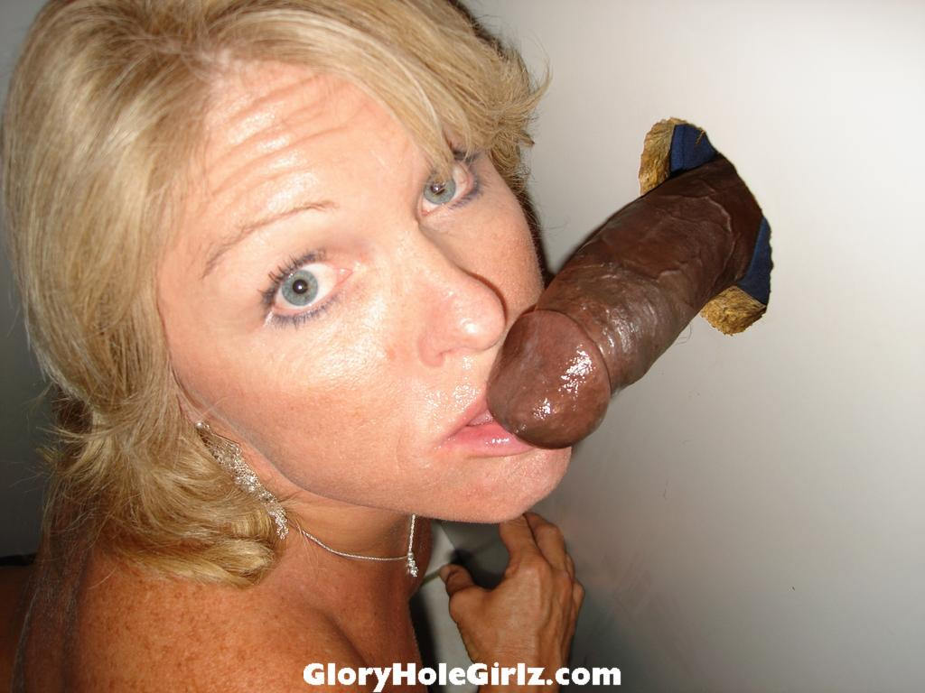 Wife at the Glory Hole - Free Porn Videos - YouPorn