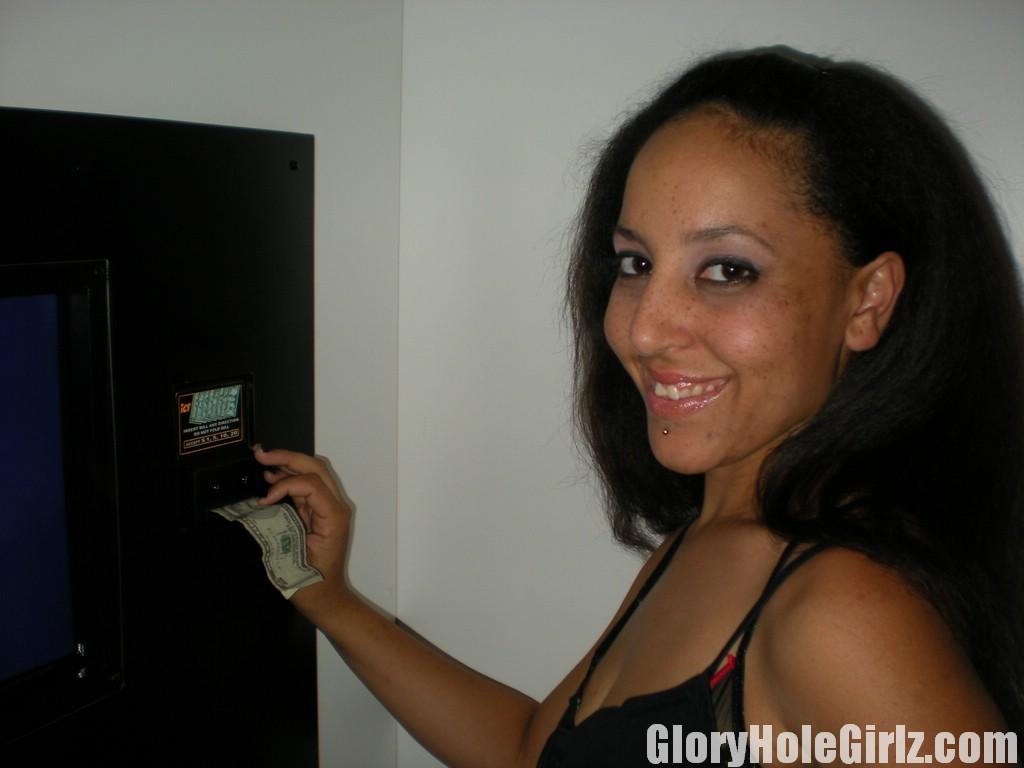 www gloryholegirlz com